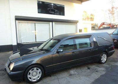 Mercedes-Benz E 220 CDI 210 2003